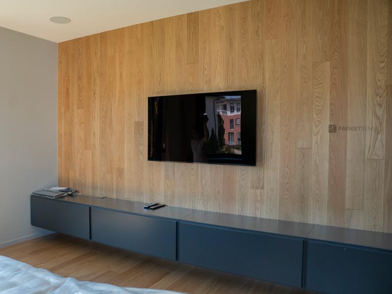 паркет натурален дъб върху стена и под